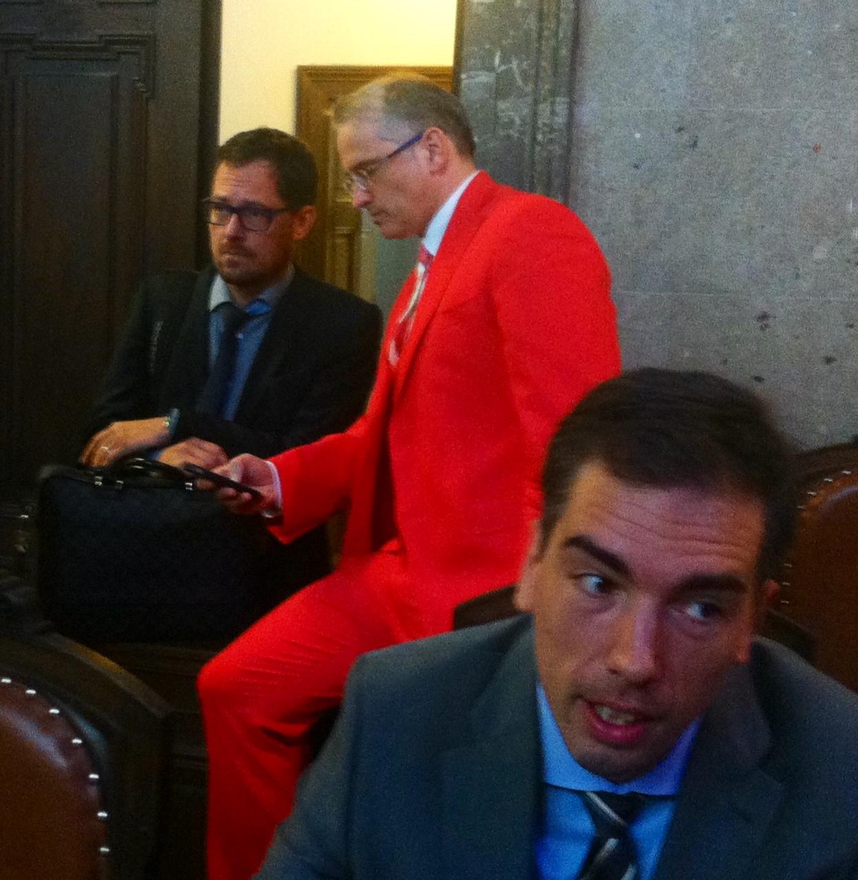 Dr. Nobert Wess, Dr. Michael Dohr und Mag. Markus Spani vor Verhandlungsbeginn